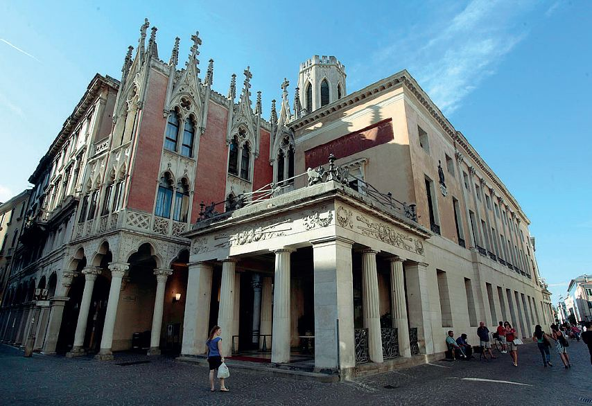 Padova la guerra del caff pedrocchi - La finestra padova ...
