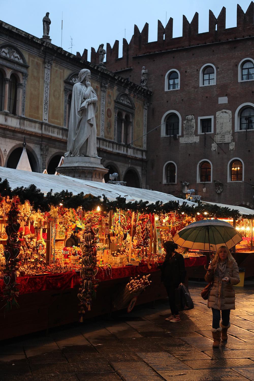 Mercatini Di Natale Lecce.Mercatini Di Natale A Verona Sparpagliati In Citta Ecco La