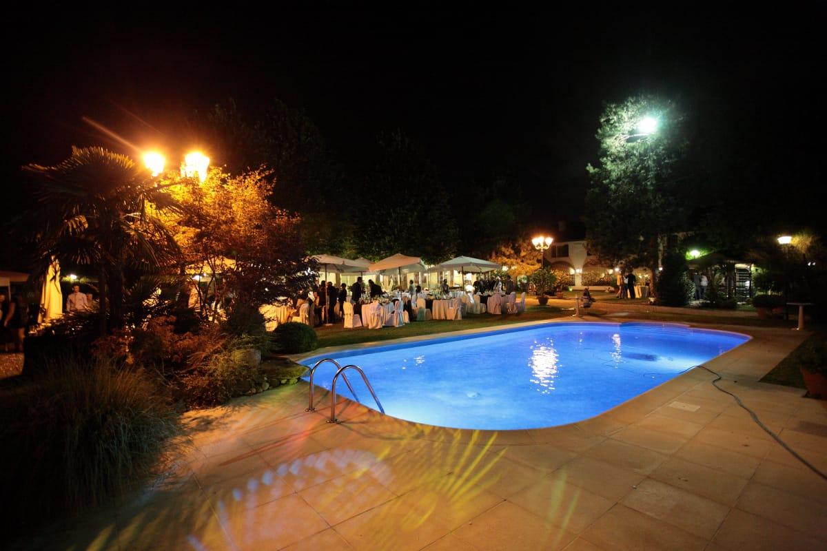 Piscina Piazzola Sul Brenta bimba affoga in piscina alla festa. genitori a processo per