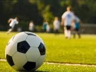 Calcio, rissa in campo: attaccante preso a pugni dal portiere