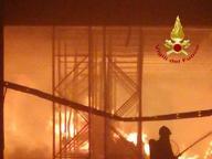 Padova, incendio devasta mobilificio Mantoan. Rogo su tutto il capannone