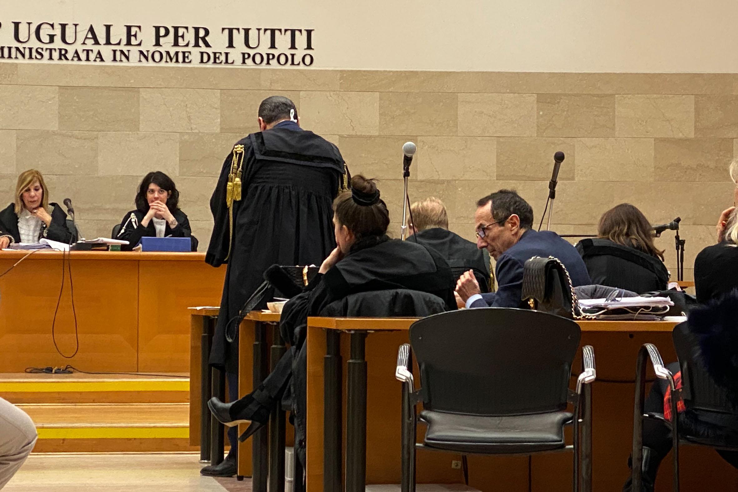 Padova, coop e prefettura, via al processo. I migranti ...