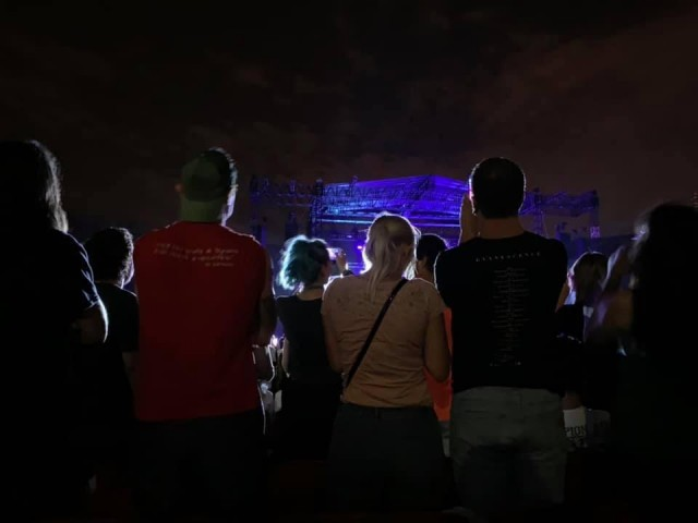 La foto che documenta il concerto «visto» dalla prospettiva di Sofia Righetti