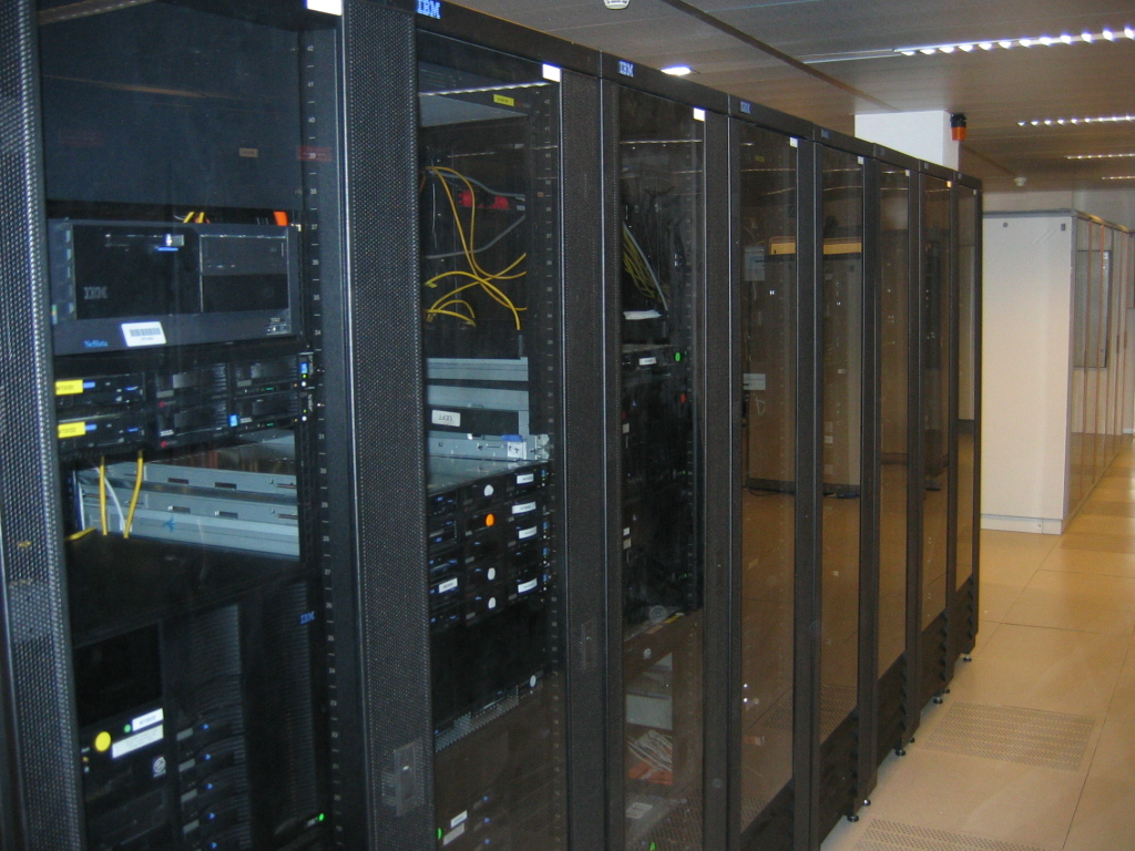 Venice; virus knocks out Avm server: ransom required; 36 hours of inconvenience